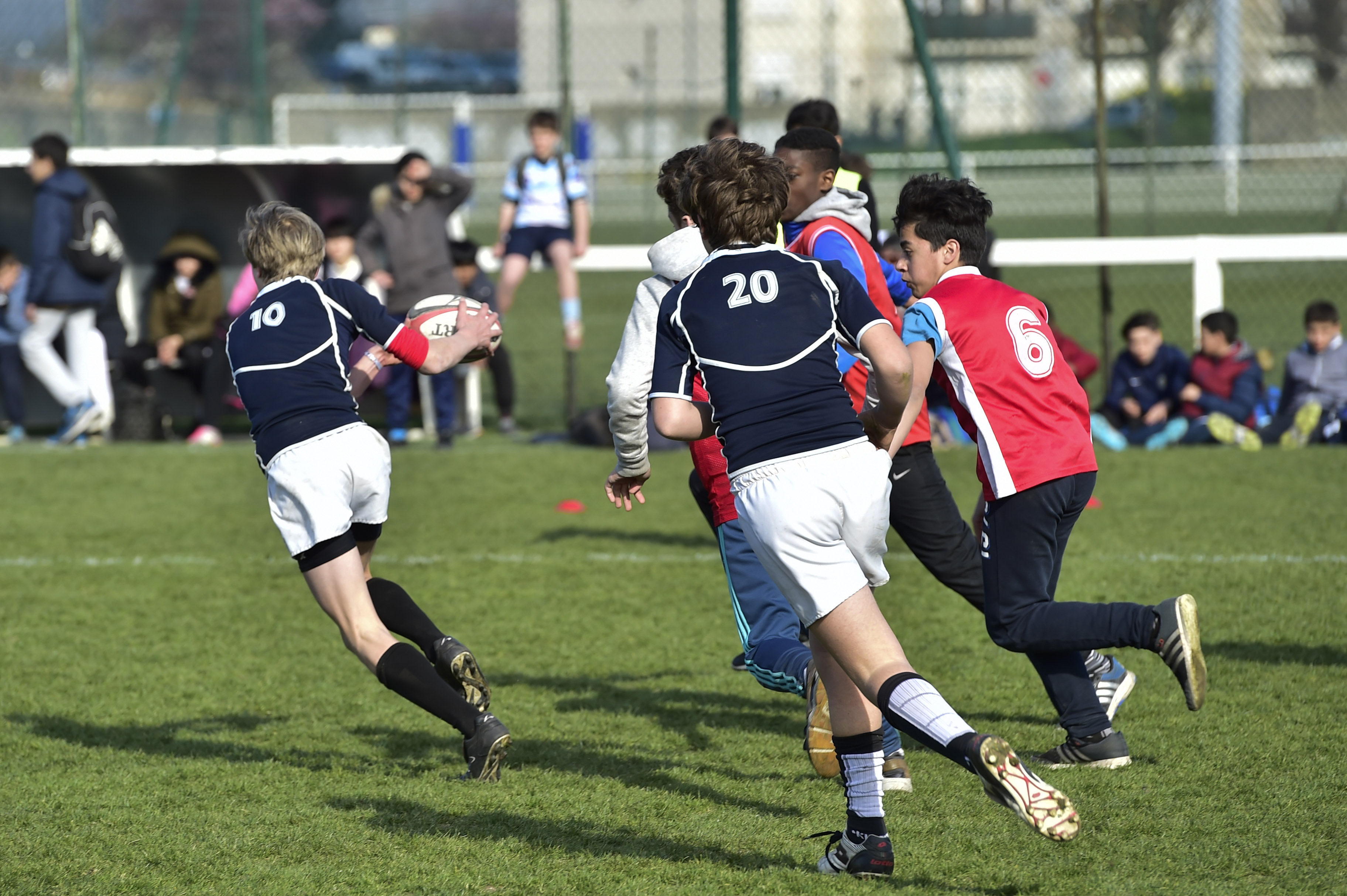 rencontre rugby gay à Courbevoie